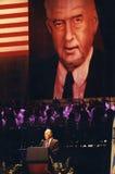 Shimon Peres Speaks en la ceremonia del monumento de Rabin Imagen de archivo libre de regalías