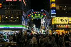 Shinjuku' s kabuki-Chodistrict in Tokyo Royalty-vrije Stock Afbeeldingen