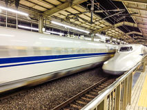 Shinkansen火车到达 免版税库存照片