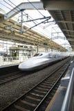 Shinkansen-Geschwindigkeitszug Stockbild