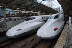 Shinkansen jest szybkościowym pociągiem w Japonia obraz royalty free