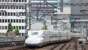 Shinkansen pociska pociąg Zdjęcie Royalty Free