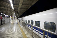 Shinkansen pociska pociąg Zdjęcia Stock