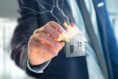 Shinny ha danneggiato la casa d'argento visualizzata su un'interfaccia futuristica Fotografia Stock Libera da Diritti