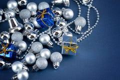 Shinny los globos y los regalos Imagen de archivo libre de regalías