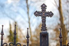 Shinny o símbolo transversal da ressurreição e do salvação de Jesus Christ imagem de stock