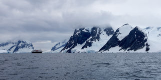 Ship in Antarctica Royalty Free Stock Photography