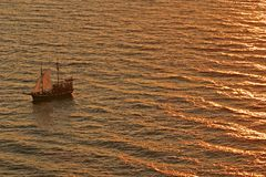 Free Ship At Sea Sunset Royalty Free Stock Photography - 6826637