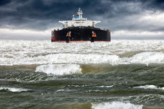 Ship and big wave Royalty Free Stock Photos
