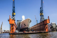 Ship in the drydock Royalty Free Stock Photos