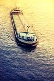 ship för aktivitetslasthamburg port Arkivbilder