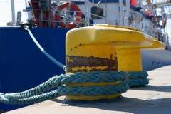 ship för bollarddetaljport Arkivbilder