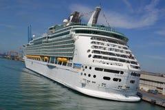 ship för kryssarenavigatörhav Arkivfoton