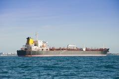 Ship i porten Arkivbilder