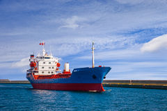 Ship leaving the port Royalty Free Stock Images