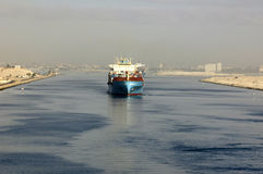 Ship passing through the Suez Canal Royalty Free Stock Photography