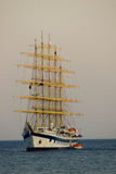 Ship sailing at twilight Royalty Free Stock Photos