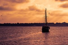 Ship  with the sunset Royalty Free Stock Photography