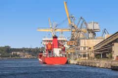 Ship under loading Royalty Free Stock Photography