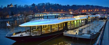 13/5000 Ship on the Vltava in Prag, Czech Republic stock photos