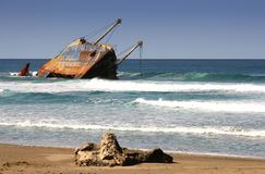 Free Ship Wreck Royalty Free Stock Photo - 1736415