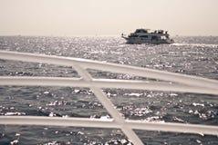 Shipen på havet arkivfoto