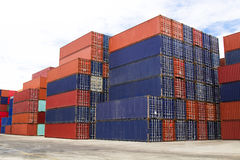 Shipping containers in port cargo Royalty Free Stock Photos