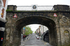 Shipquay-Tor, Derry, Nordirland lizenzfreie stockfotos