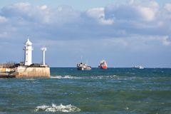 Ships on the roads of port. During storms Royalty Free Stock Photos