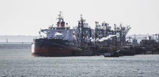 Ships unloading at Fawley refinery Royalty Free Stock Photos