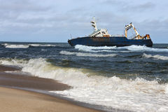 Shipwreck - costa de esqueleto - Namíbia Fotografia de Stock