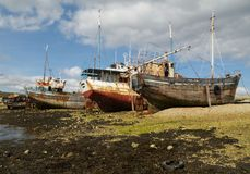 Shipwrecks (Brittany, France). Old fishing boats on the beach (Camaret sur mer Stock Photo