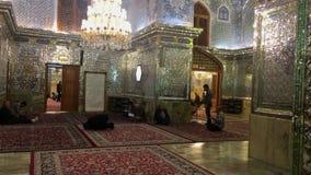 Shirahz Iran - 2019-04-09 - spegeln för den schahCheraugh templet hyr rum 1 - allmänt be stock video