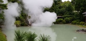 Shiraike-Jigoku & x28; Белый пруд Hell& x29; стоковое фото