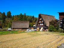 Shirakawa disparaissent, le Japon, 2015 Une des nombreuses maisons dans Shiragawa disparaissent Photos stock