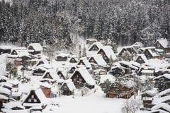 Shirakawa-ga in de winter Stock Afbeelding