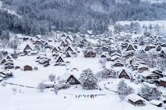 Shirakawa-ga dorp in de winter, Unesco-de plaatsen van de werelderfenis, Japan stock foto's
