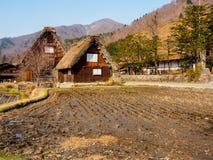 Shirakawa-gehen Jahreszeit des Dorfs im Frühjahr, Japan Lizenzfreie Stockbilder