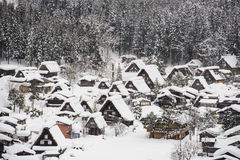 Shirakawa-gehen Sie in Winter Stockbild