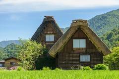 Shirakawa lub Iść, Małe tradycyjne Historyczne wioski w lato sezonie, Japonia Fotografia Royalty Free