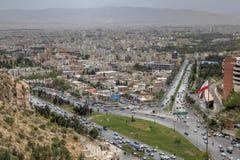 Shiraz Iran, allmän sikt från ovannämnt till staden för solnedgång arkivfoton
