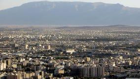 Shiraz som ses från en kulle Royaltyfria Bilder