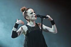 Shirley Manson van HUISVUIL presteert op stadium op 13 November, 2012 in Minsk, Wit-Rusland Royalty-vrije Stock Fotografie