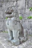 Shisa lapida il leone al portone di Kankaimon, castello di Shurijo, Okinawa Fotografie Stock Libere da Diritti