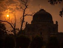 Shish Gumbad - Autumn Silhouette Tones images libres de droits