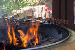 Shish kebab которое зажарено на углях стоковые фотографии rf