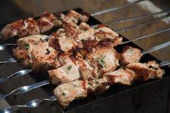 Shish kebabu prażak na grillu BBQ przyjęcie obrazy stock