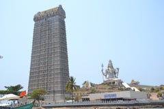 Shiva Statue & Murudeshwar tempel - Murudeshwar Fotografering för Bildbyråer