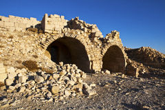 Shobak - fördärvar av en gammal korsfarare slott i Jordanien arkivfoto