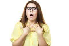 Shocked ha stupito la donna che gesturing con le mani Fotografia Stock Libera da Diritti